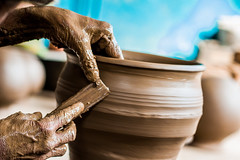 (Gowri Sankar.P) Tags: life india canon hands potter pot claypot clay pottery chennai incredible tamilnadu makers cwc 550d incredibleindia thiruneermalai