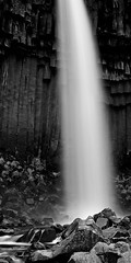White mist on the Black Waterfall (David Martinez Marinero) Tags: blackandwhite bw mist blancoynegro outdoors waterfall iceland rocks wasserfall schwarzweiss rocas basalt cascada skaftafell svartifoss basalto basaltic 90mmtse a7r 90tse blackwaterfall sonya7r ilce7r metabonesmarkiv davidmartinezmarinero davidmarinero