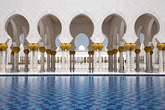 Sheikh Zayed Grand Mosque in Abu Dhabi (Christian Jena) Tags: grand mosque zayed abu dhabi sheikh