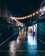 shutters (lupcheongloh) Tags: life street light photography singapore fuji shots snap fujifilm 23 sg fujinon 2314 23mm fujifilmxe1 fujixe1 23f14