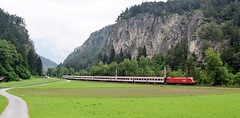 OBB lok 1016 015_IC865_Wadele, Roppen_Austria_170615_01 (DS 90008) Tags: mountains train outdoors austria countryside track wildlife traction valley operations locomotive taurus roppen lok carriages pantograph ohle freightloco locohauled europeanrailway otztalvalley 1016015 ic865 passengerloco taurusloco wadele 1016type
