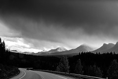 On the road (Erik.Groß) Tags: canada jaspernationalpark bc britishcolumbia roadtonowhere roadtrip icefieldsparkway rockymountains erikgrossphoto erikgross