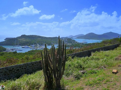 Antigua - View from the Dow Hill Fort - Nelson's Dockyard - Deep Bay