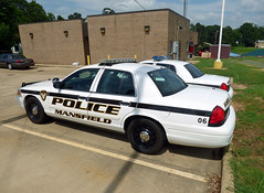 Mansfield PD_P1050191 (pluto665) Tags: car police squad cruiser interceptor copcar p71 cvpi