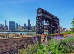 (kekyrex) Tags: city newyorkcity urban ny newyork waterfront parks cranes queens lic riverfront longislandcity gantry gantryplazastatepark gantries