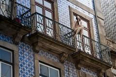 Oporto naked mannequin (Neorev) Tags: mannequin girl naked donna balcony porto nuda oporto portogallo balcone nudo manichino portugual