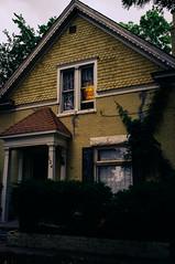 (BTKoch) Tags: house window lamp yellow colorado denver washingtonpark speer washpark vsco