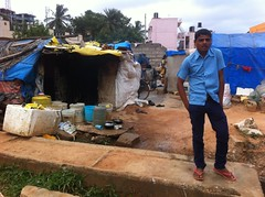 IMG_8323 (phil.gluck) Tags: poverty india bangalore running slums akhbar nellurahalli