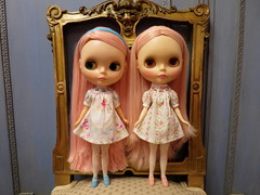Spending some time with my pink Kenner twins! (Primrose Princess) Tags: 1972 kenner blythe doll kennerblythe pinkhair chantillylace atomicblythe dollydreamland pink smockeddress vintage antique antiquefrenchchair
