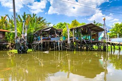 Living on Sticks (Dave_O1 ~ Dave Edwards) Tags: blue vacation sky house holiday reflection home dave night clouds thailand lights boat sticks bangkok edwards stilts chaophrayariver daveedwards canoneos7d efs1585isusm bangkokyah