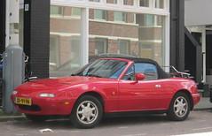 1991 Mazda MX-5 1.6i (rvandermaar) Tags: zf91yn sidecode4 1991 mazda mx5 miata mazdamx5 roadster mazdaroadster mazdamiata rvdm