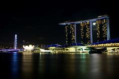 Moonlighting at the Marina Bay Sands (Pudsey) Tags: moon night marina bay flyer long exposure sands