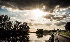 La Loire - Saint Jean de Braye (Quentin Boullier) Tags: france saint river de canal jean centre 45 pcheur loire quentin fleuve braye orlans loiret boullier