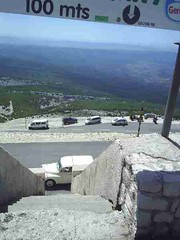 mot-2006-remoulins-pic_0062_mont-ventoux-view-from-top-2_450x600