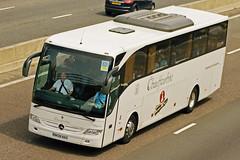 Chauffeurhire, Chipping Sodbury - BK08 NAU (peco59) Tags: mercedes mercedesbenz psv pcv tourismo chauffeurhire chauffeurhirechippingsodbury bk08nau roadmarkstorrington roadmarkcoaches