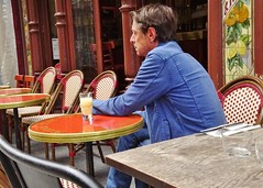 2014-09-21  Paris - Bistrot - Royal bar - 143 Rue Saint-Denis (P.K. - Paris) Tags: street people caf french terrace outdoor pavement candid drinking terrasse sidewalk openair 2014 terrazza