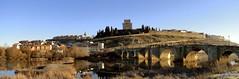 Ciudad Rodrigo (santiagolopezpastor) Tags: espagne españa spain castilla castillayleón salamanca provinciadesalamanca cityscape puente pont bridge castillo castle chateaux medieval middleages río river agueda