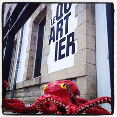 "OctopusSurf ""Le Quartier"" - Centre d'art contemporain - Quimper"
