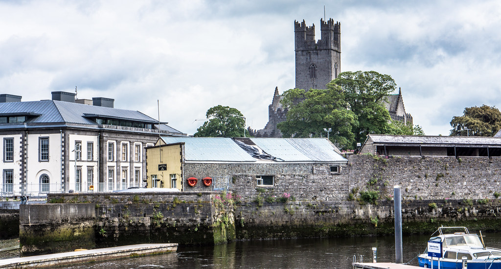 ST. MARY'S CATHEDRAL, LIMERICK COURT HOUSE AND THE POTATO MARKET