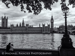 Couple Enjoying View of the Thames (Michael Pancier Photography) Tags: uk travel vacation england london unitedkingdom parliament bigben gb riverthames travelphotography commercialphotography naturephotographer michaelpancierphotography landscapephotographer fineartphotographer michaelapancier wwwmichaelpancierphotographycom summer2014