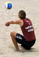 77-fotogalerie-rv.ch (Robi33) Tags: show summer game sport ball court switzerland sand play action competition basel victory player beachvolleyball international block umpire viewers