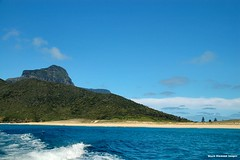 Blinky Beach - Lord Howe Island Circumnavigation (Black Diamond Images) Tags: mountains island boat paradise australia nsw reef boattrip circumnavigation lordhoweisland worldheritagearea australianbeaches mtlidgbird thelastparadise blinkybeach circleislandboattour