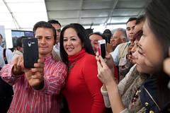 AR1_1625_ALFOSO REYES (Mi foto con el Presidente MX) Tags: presidente mxico mi foto carretera el julio con cuautla 2014 inauguracin mifoto chalco ixtapaluca enriquepeanieto peanieto epn presidencia20122018 distribuidorvialentronque
