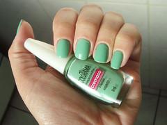 Absinto - Colorama (Daniela Mayumi M.) Tags: verde nail polish unhas lacquer esmalte colorama absinto cremoso