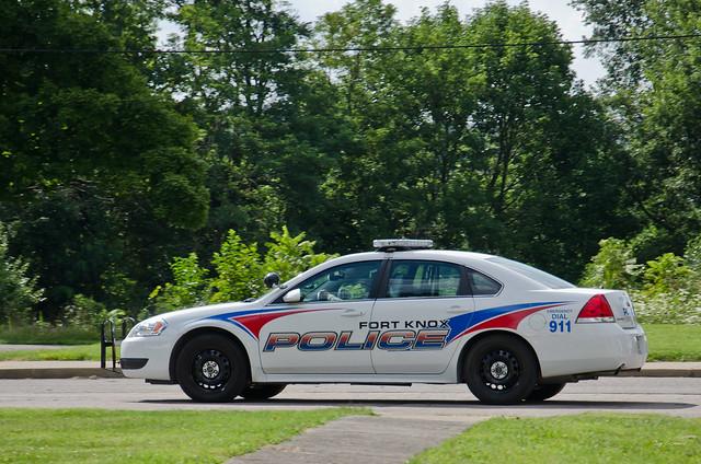 kentucky police chevy militarypolice fortknox chevroletimpala 9c1 2014chevroletimpalalimitedpolicevehicle fortknoxpolice