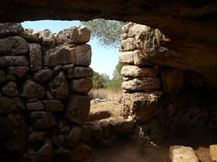 2014.07.Menorca.Torre den Galmes.7 (joseluisgildela) Tags: menorca islasbaleares alaior prehistoria torredengalms culturatalaitica