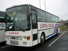 Lowes ECZ 9136 (quicksilver coaches) Tags: volvo lowes blackpool vanhool alizee hucknall b10m ecz9136 g21yvt