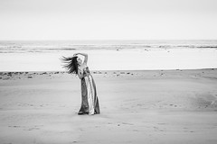 Medusa (aminefassi) Tags: sea portrait people blackandwhite bw copyright black beach fashion canon dress morocco maroc mode medusa plage rabat 6d  caftan temara rabatsal moroccandress ef70200mmf28isii chedine aminefassi
