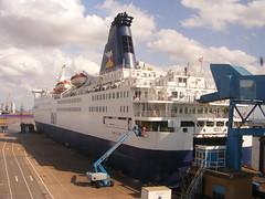 Pride of York (mike_j's photos) Tags: ferry po bruge prideofyork