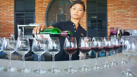Hua Hin Hills Wine Tasting 3