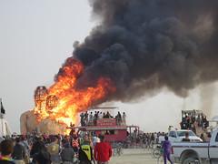 embrace burning (Tom Holz) Tags: burningman blackrockcity embrace burningman2014