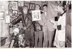 25a-moto-c.c.-ad-alessandria-per-consegna-della-madonna-dei--centauri-di-castellazzo-bormida--1955