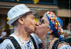 2017.0017 (Adriano Aquino) Tags: carnival carnevale karneval carnaval people gente person pueblo recife recifeantigo blocoslíricos beijo kiss beso baccio couple love romance amor amore joy