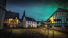 Eisengasse, Hilden (Norbert Clausen) Tags: old village center thebluehour bluehour blue blaue stunde architektur architekture nrw germany