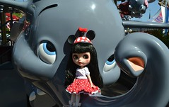 Minnie's New Friend