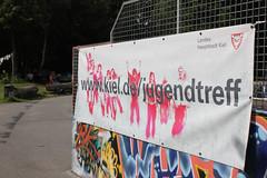 001Spass im Park 2011 (Rdiger Stehn) Tags: people germany deutschland europa leute menschen sommerferien kiel gaarden schleswigholstein spielen norddeutschland mitteleuropa 2011 2000er skaterbahn canoneos550d spasimpark jugendundsportpark