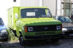 Ford Transit MK2. (lorryenthusiast) Tags: green ford truck transport olive lorry transit mk2 british van livestock mkii