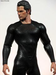 Kal El (valleyofthedolls) Tags: actionfigure superman manofsteel hottoys henrycavill