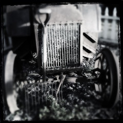 FordsonTractor (Kurt Norlin) Tags: mobile digital ipod iphoneography hipstamatic ipodtouch5g