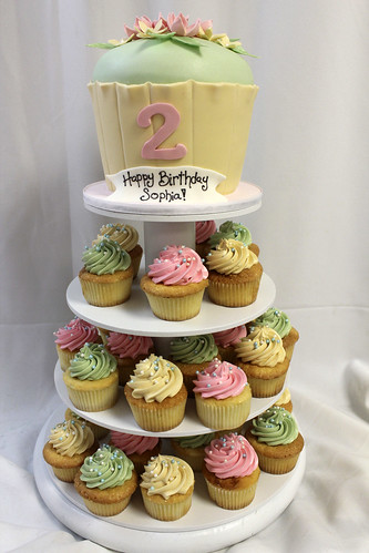 Cupcake Cake on cupcake tower