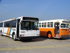 103_5563 (Metro Atlanta Transit Productions) Tags: new bus train ga la flyer natural state metro five gas short points orion northamerica marta vii cng winnpeg 1427 c40 nfi d40 1480s 1400s d40lf lowfloor 1401 1481 c40lf martatrain 07501 martabus xcelsior xn40 martanewbus xn35 marta1500s marta1400smartaxcesiorbus