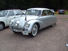 Tatra 87, type 1 (Davydutchy) Tags: germany deutschland 1 thringen rally rear engine august thuringia type register annual 20 allemagne v8 20th 87 streamline duitsland tatra trd t87 aircooled streamliner 2014 series1 jahrestreffen mk1 suhl ledwinka nmecko