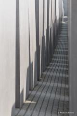 DSC02955_s (AndiP66) Tags: berlin june juni germany deutschland holocaust sony alpha mahnmal beton juden denkmal 2014 citytrip klötze städtereise städtetrip andreaspeters betonklötze 77m2 a77ii ilca77m2 77ii 77markii slta77ii