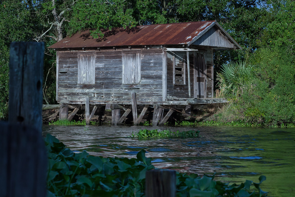The world 39 s best photos of bayou and cabin flickr hive mind for Fishing cabins in louisiana
