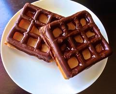 Safeway calls this a waffle-nut (Fuzzy Traveler) Tags: sanfrancisco dessert bakery donut sweets safeway waffle wafflenut