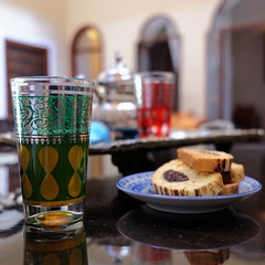 .th  la menthe (]babi]) Tags: africa stilllife detail cookies dof tea drink culture mint morocco maroc marocco marrakech maghreb teapot te welcome tradition biscotti riad teiera menta trevel benvenuto
